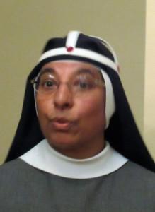 Vår underbara ciceron syster Maria Vivian