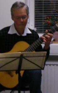 Henrik spelar renässansmusik